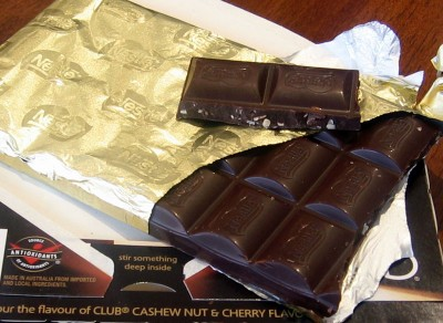Nestle Club Cashew Nut and Cherry