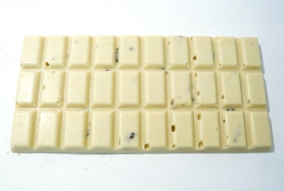 Chocoholly Organic White Chocolate With Cranberries & Cinnamon