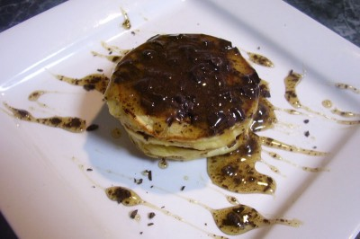 Pikelets with Chocolate Honey