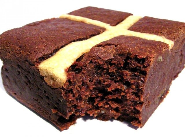 Paul A Young Hot Cross Bun Brownie