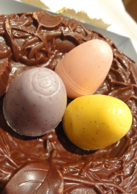 Hotel Chocolat 'A Nest Of Egglets'
