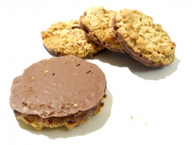 Green & Black's Sultana & Cinnamon Crunch Biscuits