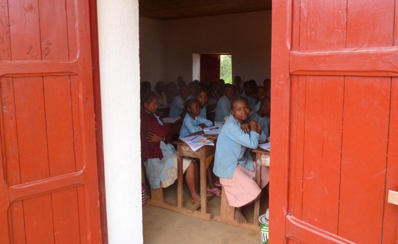 Menakao School